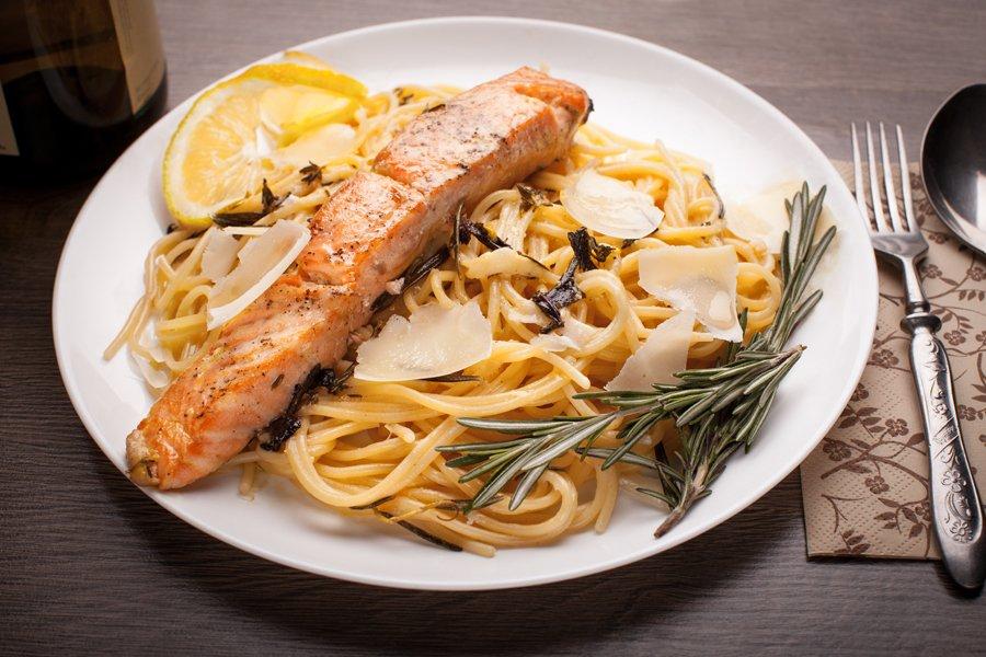Блюда из рыбы и макарон